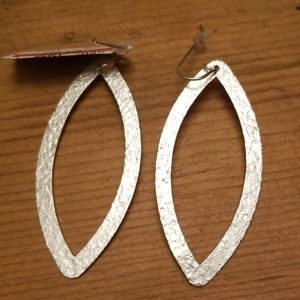 $125 NWTS Stephanie Kantis Brushed Silver earrings